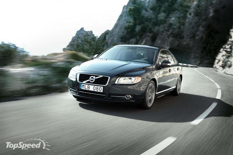 Volvo recall set for 10,000 cars over malfunctioning airbags