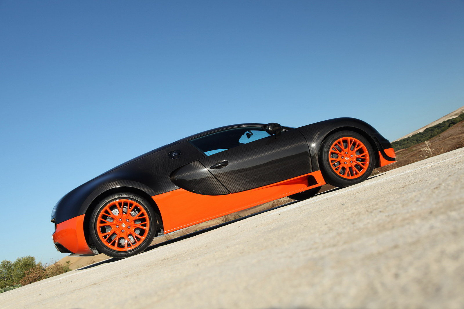2011 bugatti veyron 16 4 super sport picture 384624 car review top speed. Black Bedroom Furniture Sets. Home Design Ideas