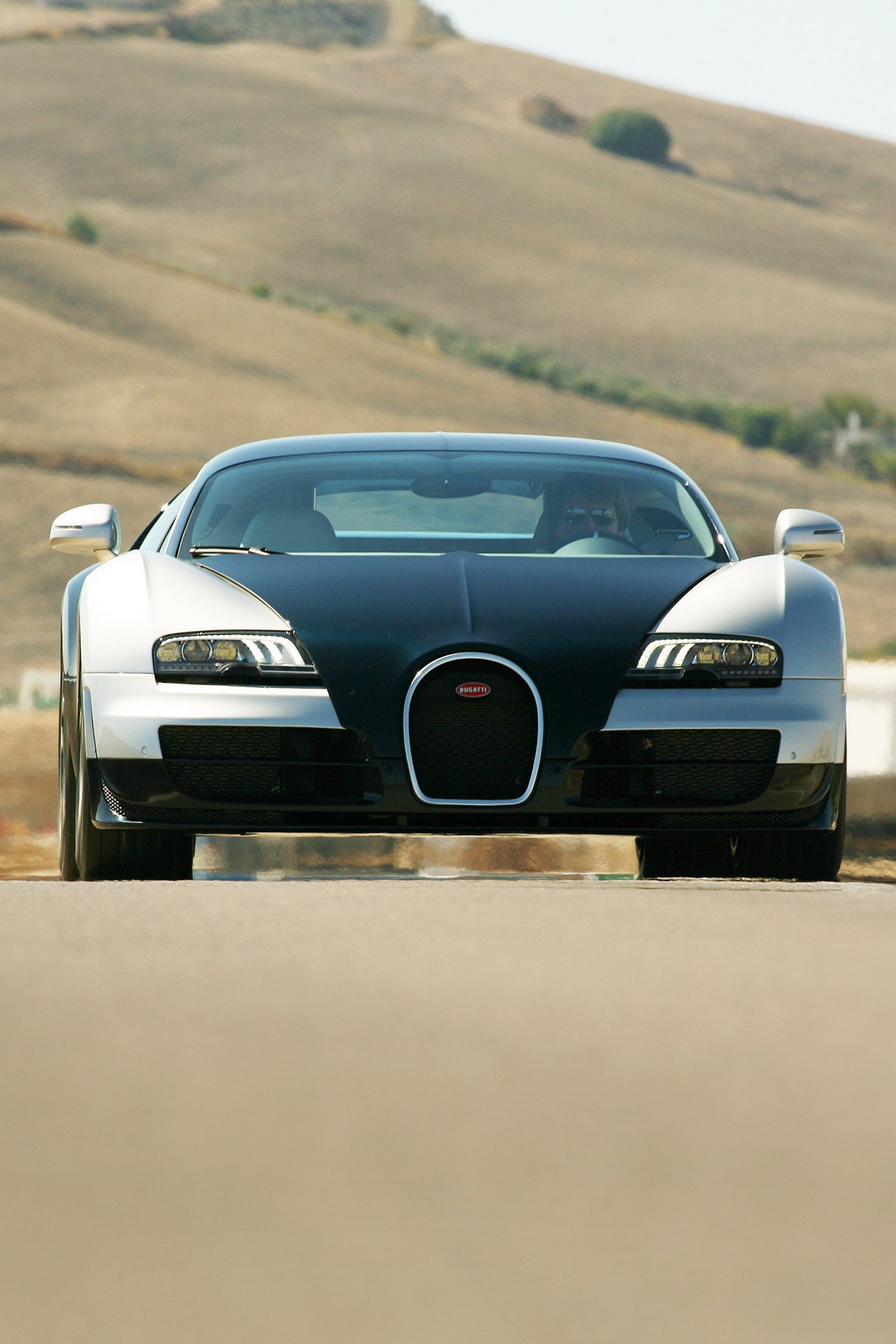 2011 bugatti veyron 16 4 super sport picture 384651. Black Bedroom Furniture Sets. Home Design Ideas