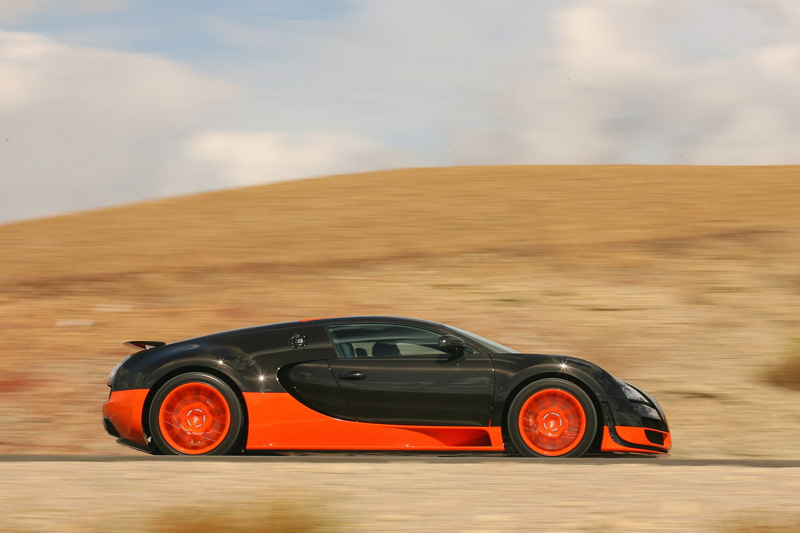 2011 bugatti veyron 16 4 super sport picture 384613 car review top speed. Black Bedroom Furniture Sets. Home Design Ideas
