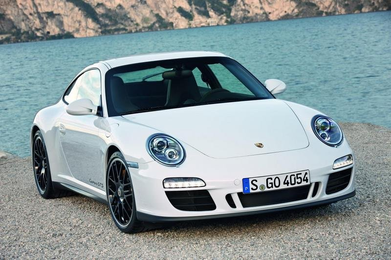 2011 Porsche 911 Carrera GTS wallpaper image