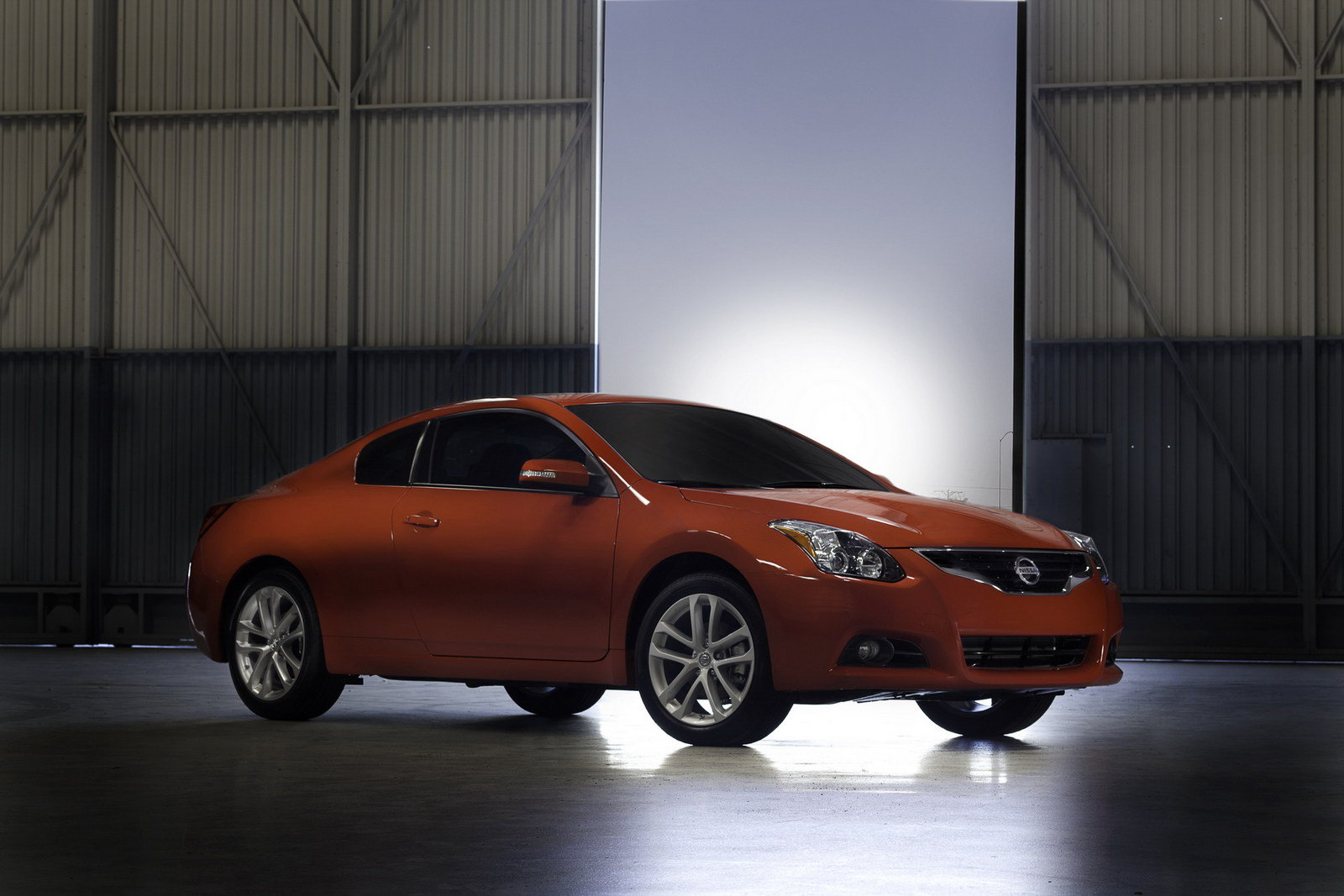 2011 nissan altima coupe review top speed. Black Bedroom Furniture Sets. Home Design Ideas