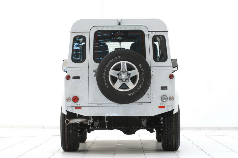 2010 Land Rover Defender 90 Yachting Edition by Startech