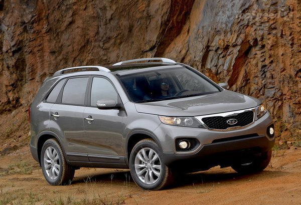 2011 kia sorento being recalled due to faulty brake. Black Bedroom Furniture Sets. Home Design Ideas