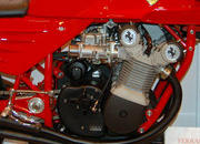 Custom one-off Ferrari 900 Motorcycle up for auction - image 386289