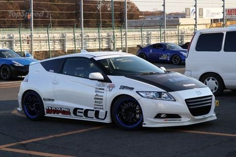 Racing Auto Rims on Honda Cr Z By Max Racing   News   Tuning Directory