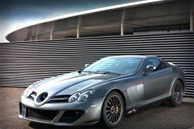 Limited Edition Mercedes SLR McLaren shows up at Essen Motor Show