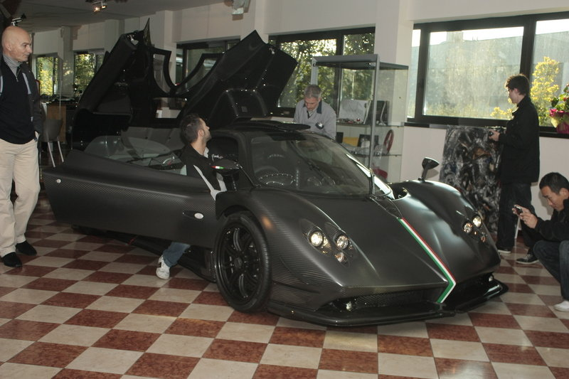 2011 Pagani Zonda Absolute High Resolution Exterior - image 385477