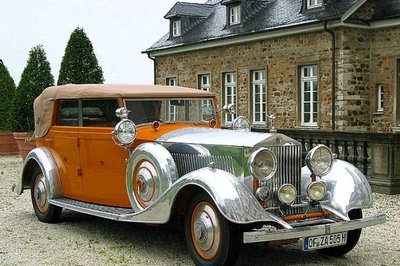 """Star of India"" Rolls Royce sells for 'dirt-cheap' $850,000"