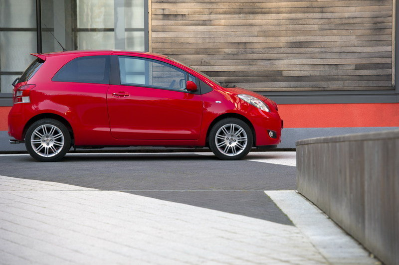 2011 Toyota Yaris T Spirit and SR High Resolution Exterior - image 386755