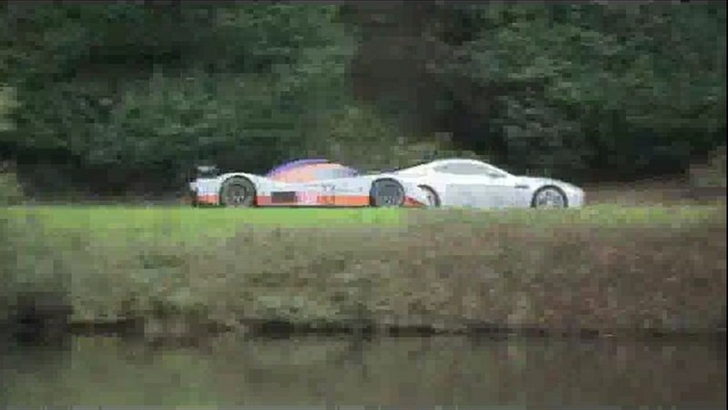 Video: Aston Martin V12 Vantage and Gulf LMP1 race car do some promo work