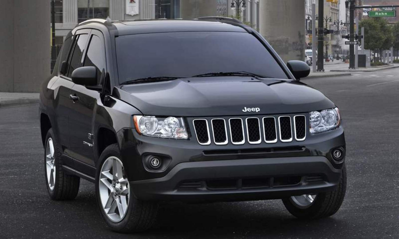 2011 jeep compass 70th anniversary edition review top speed. Black Bedroom Furniture Sets. Home Design Ideas