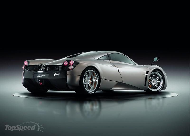 Thanks to AMG, the Pagani Huayra R Will Break Into Hypercar Territory High Resolution Exterior - image 390340