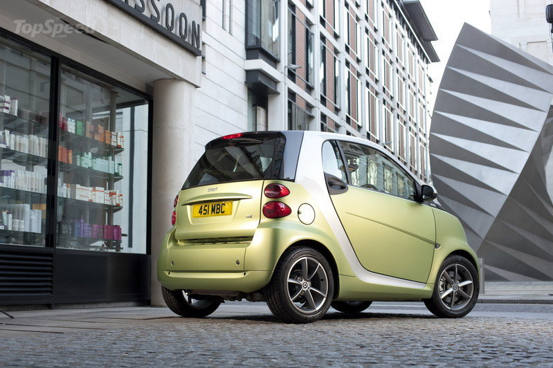 2011 Smart ForTwo Lightshine Edition High Resolution Exterior - image 389065