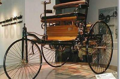 - 1886 125 Years of Mercedes