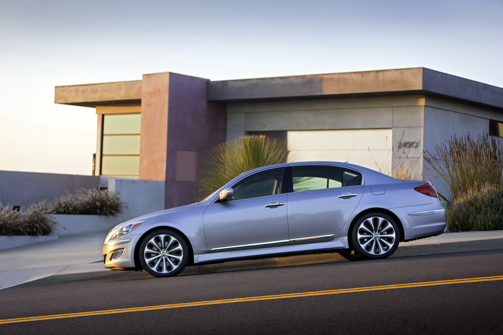 2012 hyundai genesis r spec picture 392026 car review top speed. Black Bedroom Furniture Sets. Home Design Ideas