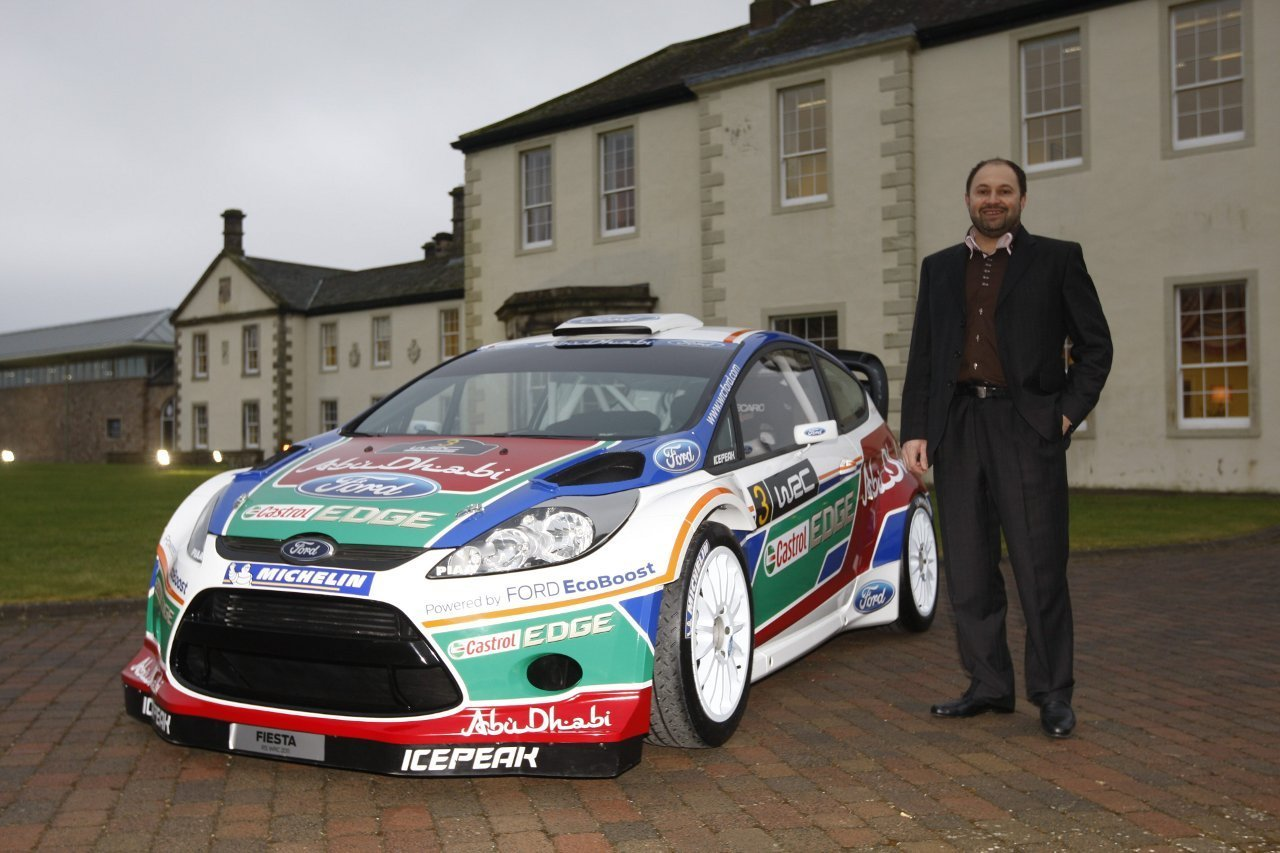 2011 ford abu dhabi fiesta rs wrc rally car picture. Black Bedroom Furniture Sets. Home Design Ideas