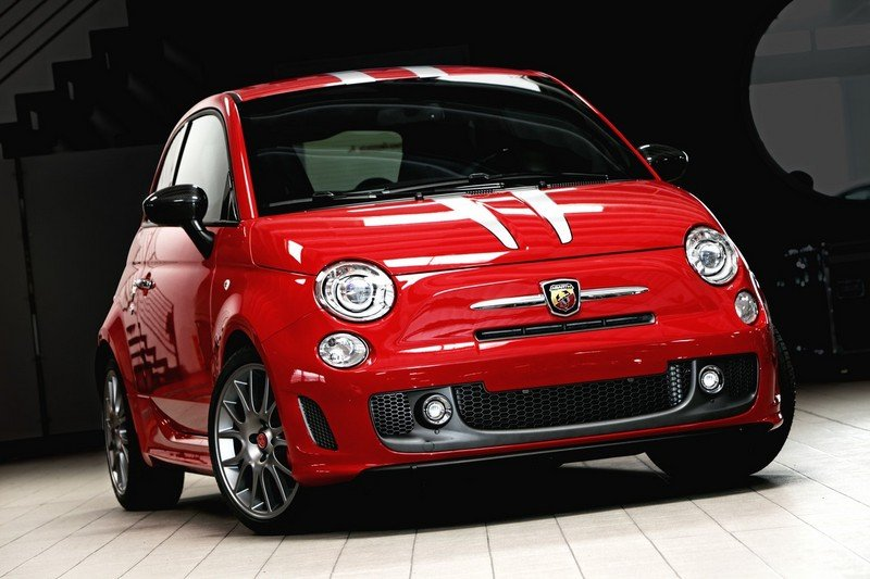 2011 Abarth 695 Tributo Ferrari by Romeo Ferraris
