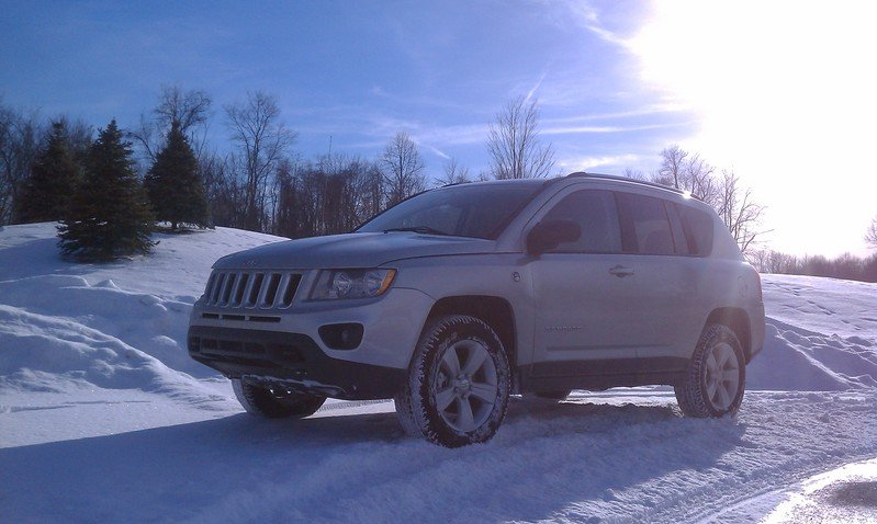 2011 Jeep Compass High Resolution Exterior - image 395300