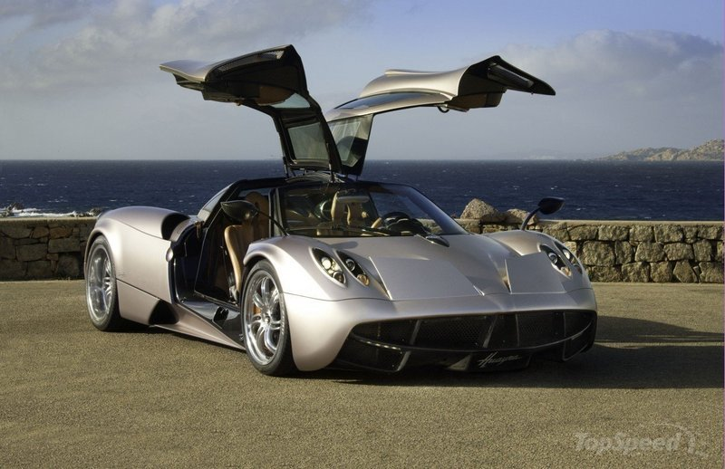 Horacio Pagani sets release of Huayra Roadster by 2014