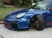 Porsche 911 GT3 RS owner attempts to drive home after crash - image 397662