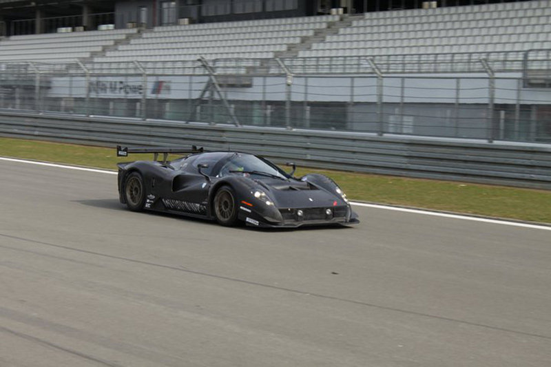 Video: Ferrari P4/5 Competizione meets the Nurburgring