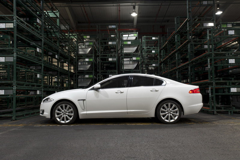 2012 - 2013 Jaguar XF High Resolution Exterior - image 399686