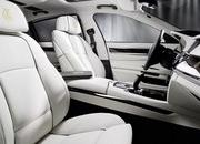 2011 BMW 7-Series Steinway & Sons Piano Limited Edition - image 398311