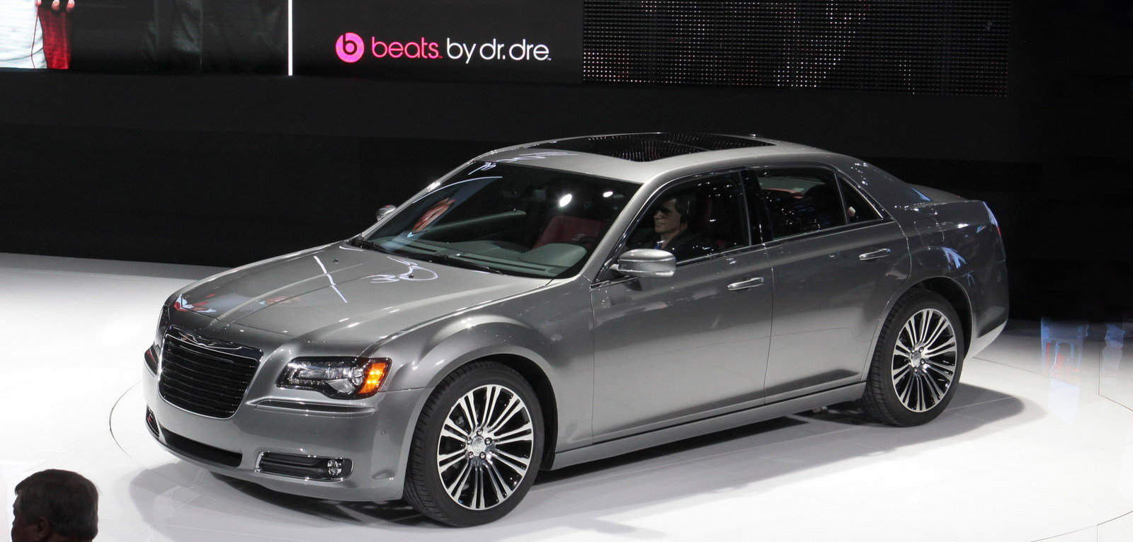 2012 chrysler 300s