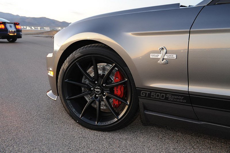2012 Ford Shelby GT500 Super Snake Exterior - image 398327