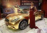 Grab your sunglasses; this Infiniti G37 Cabriolet is covered in 24K gold - image 398215