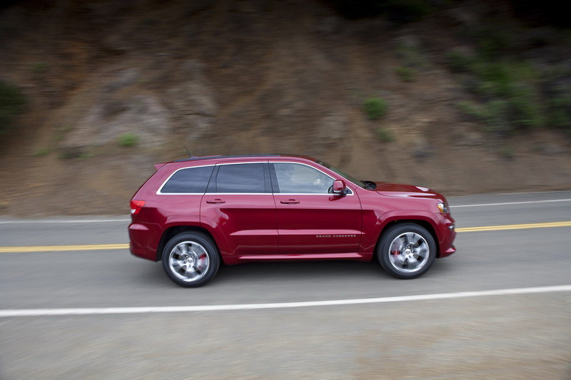 2012 Jeep Grand Cherokee SRT8 High Resolution Exterior - image 399431