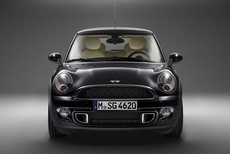 "2011 MINI Cooper S ""Inspired by Goodwood"" by Rolls-Royce High Resolution Exterior - image 398802"
