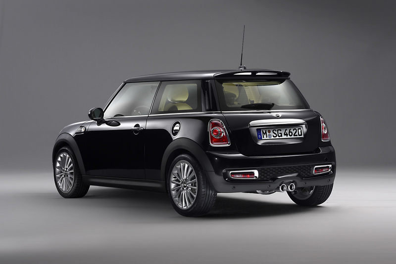 "2011 MINI Cooper S ""Inspired by Goodwood"" by Rolls-Royce High Resolution Exterior - image 398804"