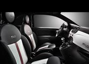2011 Fiat 500 by Gucci - image 402715