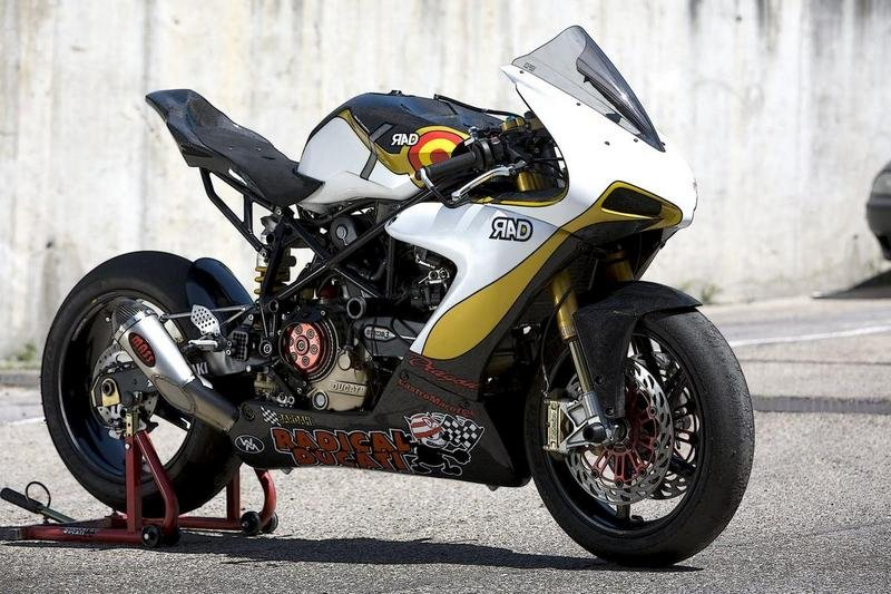 2011 RAD02 Corsa EVO by Radical Ducati