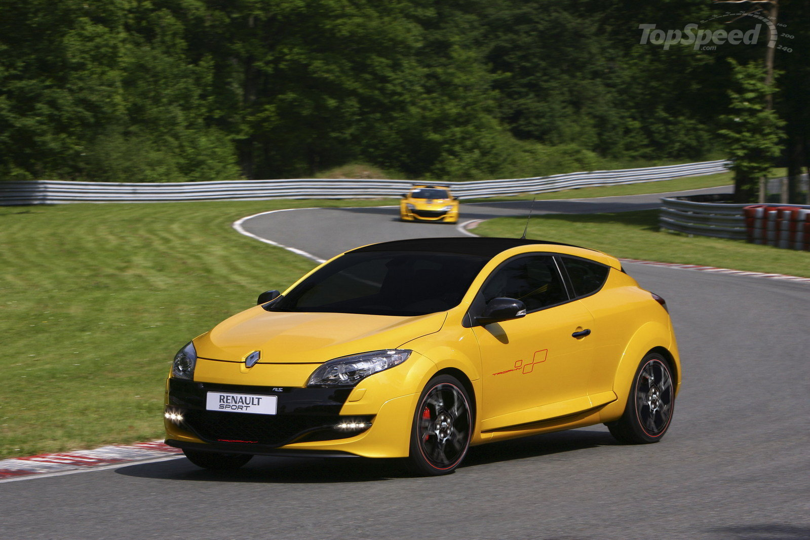 2011 Renault Megane Rs 265 Trophy Review Top Speed