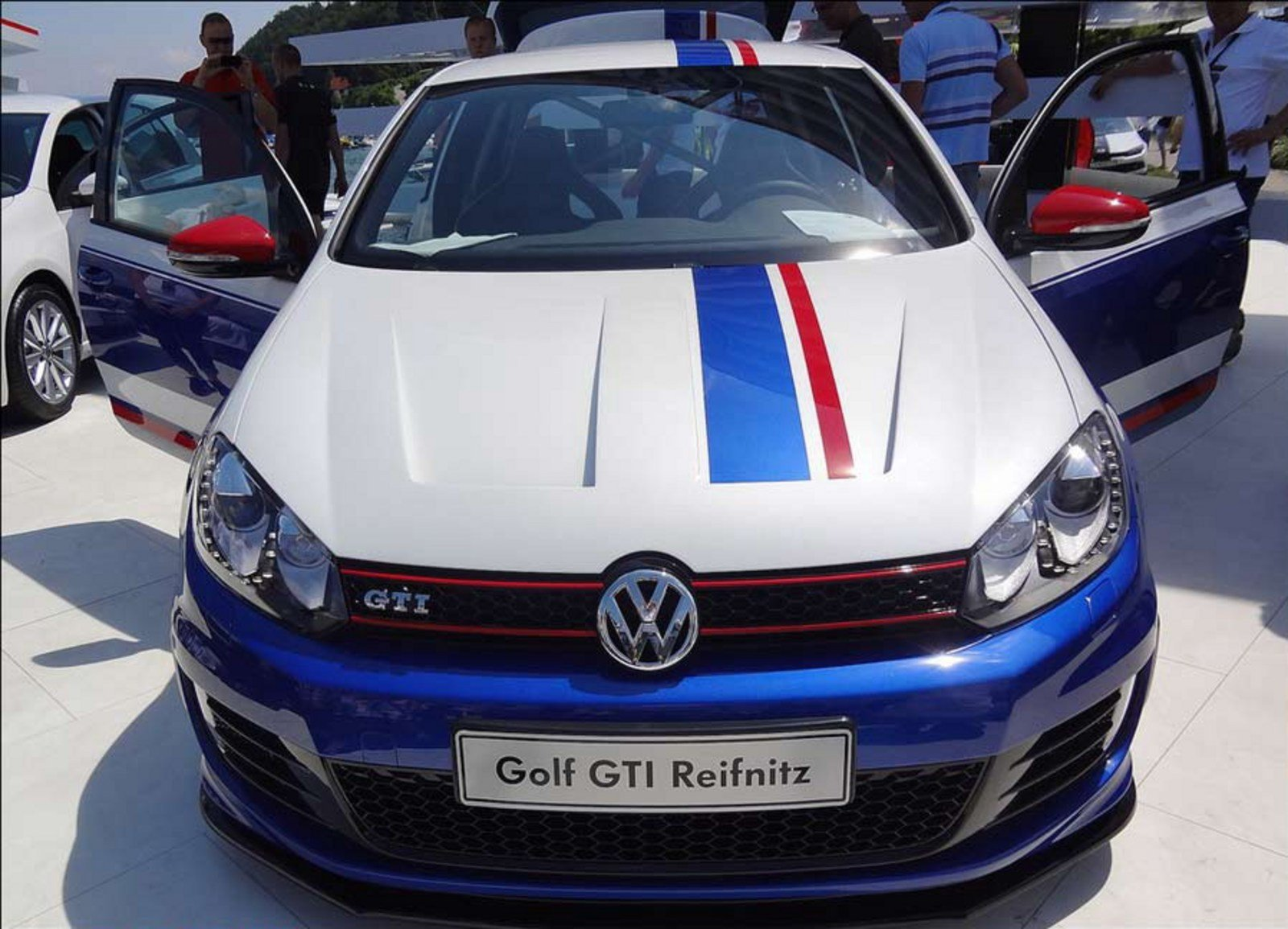 2011 volkswagen golf gti reifnitz review top speed. Black Bedroom Furniture Sets. Home Design Ideas
