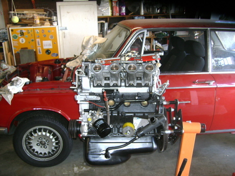 BMW 2002: The product of a father/son build