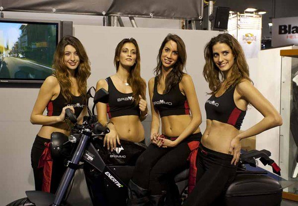 Yamaha Electric Motorcycle >> EICMA Show Babes - Picture 410325 | motorcycle News @ Top Speed