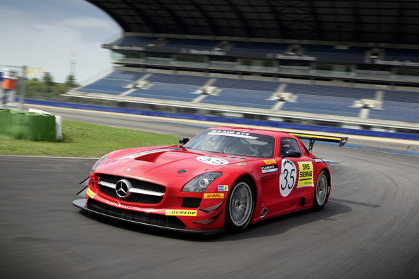 2011 mercedes benz black falcon sls amg gt3 car review. Black Bedroom Furniture Sets. Home Design Ideas