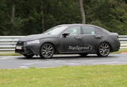 Spy Shots: 2012 Lexus GS shows off its LF-Gh-inspired grille at the Nurburgring - image 408898