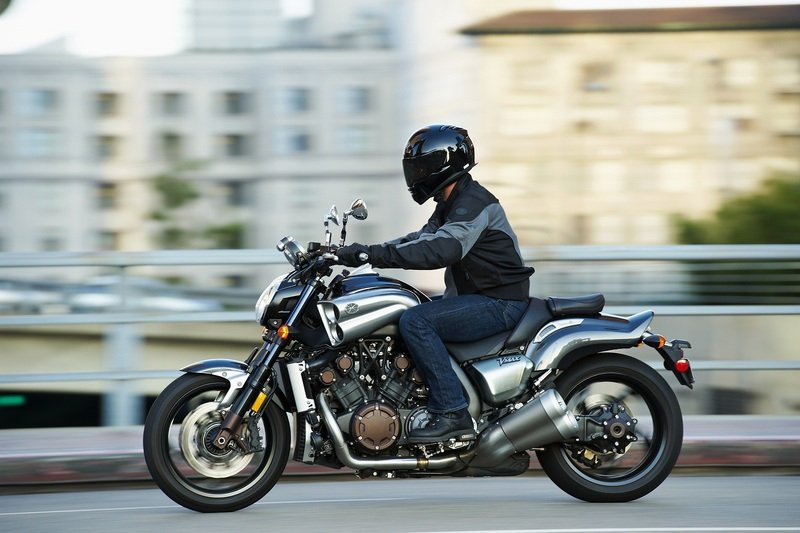 2011 Yamaha VMax High Resolution Exterior - image 412614