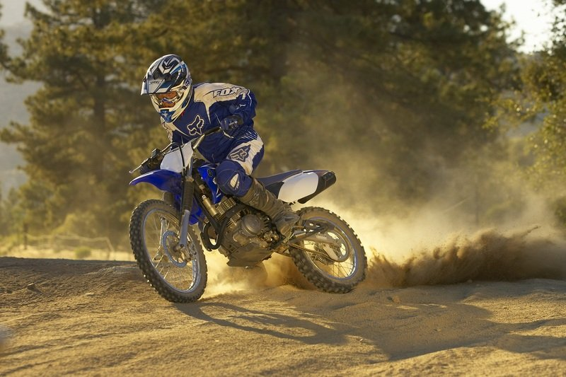 2011 yamaha tt r125le review top speed for Yamaha ttr 125 top speed