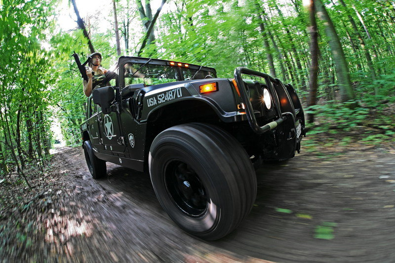 2011 Hummer H1 by Cam-Shaft