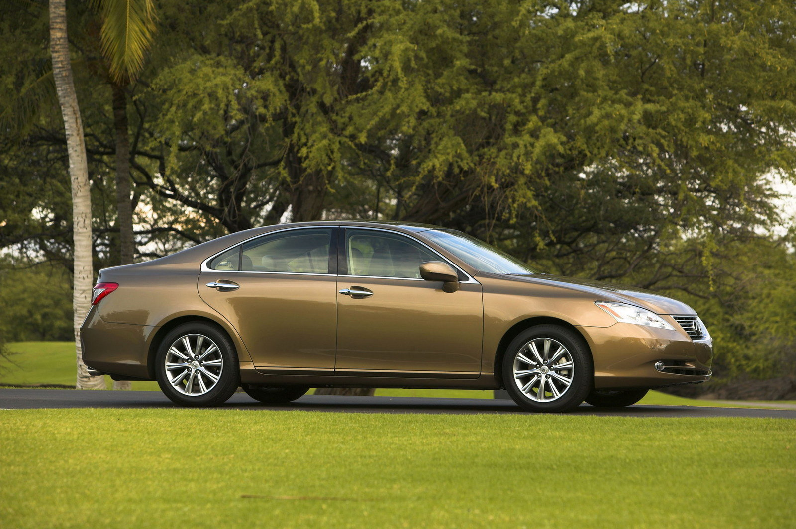 2007 2012 lexus es 350 picture 412422 car review top speed. Black Bedroom Furniture Sets. Home Design Ideas