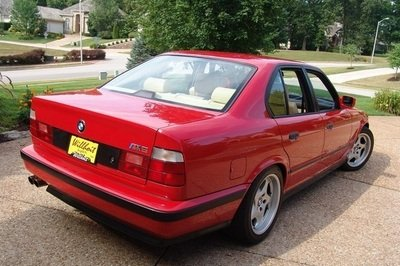 The Nicest BMW E34 M5 on the Planet Finds Itself on eBay Exterior - image 412157