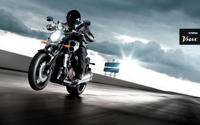 2011 Yamaha VMax High Resolution Exterior - image 417147