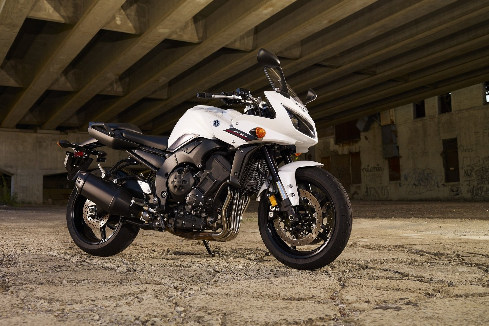2012 yamaha fz1 picture 418930 motorcycle review top speed. Black Bedroom Furniture Sets. Home Design Ideas