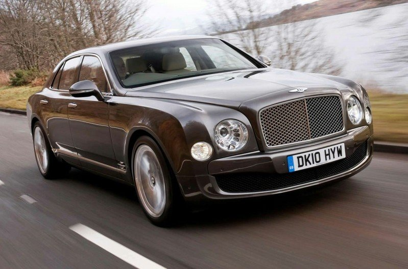 Ex-Porsche Employees Ready to Expand Bentley's Lineup